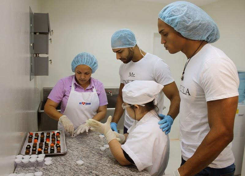 En pleno proceso de elaboración del chocolate
